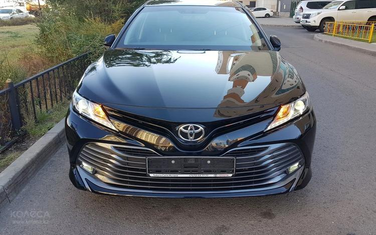 Toyota Camry 2019 года за 13 500 000 тг. в Нур-Султан (Астана)