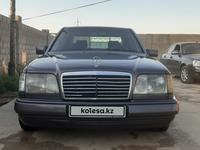 Mercedes-Benz E 220 1994 года за 2 000 000 тг. в Шымкент
