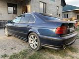 BMW 528 1996 года за 1 999 999 тг. в Алматы – фото 4