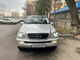 Mercedes-Benz ML 350 2004 года за 4 850 000 тг. в Алматы – фото 3