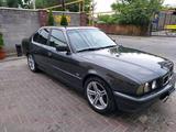 BMW 520 1994 года за 1 700 000 тг. в Алматы – фото 2