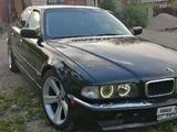 BMW 740 1995 года за 2 100 000 тг. в Алматы