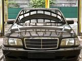 Mercedes-Benz C 280 1994 года за 2 500 000 тг. в Алматы