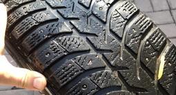 Диски R17, шипованные шины 225/65 за 75 000 тг. в Алматы – фото 5