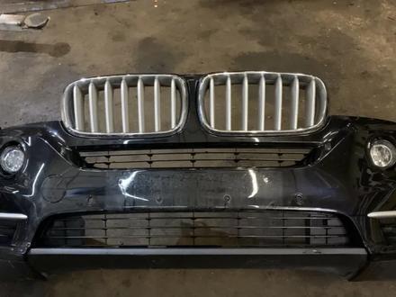 Бампер передний в Сборе х5 f15 BMW за 340 000 тг. в Алматы