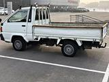 Toyota Lite Ace 1997 года за 2 790 000 тг. в Алматы – фото 2