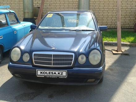 Mercedes-Benz E 230 1997 года за 2 450 000 тг. в Нур-Султан (Астана)