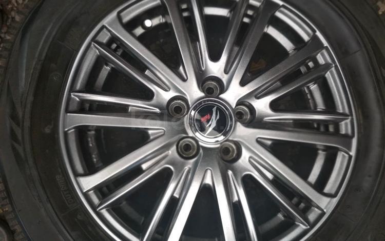 Диски 15 на Тойота Карина, Королла с зимней резиной 195/65/15 за 125 000 тг. в Алматы