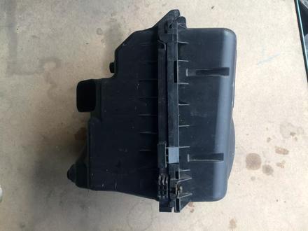 Toyota Camry 30 2.4 и 3.0 корпус воздушного фильтра за 10 000 тг. в Алматы