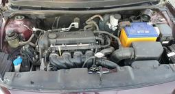 Hyundai Solaris 2011 года за 2 600 000 тг. в Актобе – фото 3