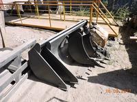 Узкий экскаваторный ковш для экскаватора погрузчика 0… в Алматы