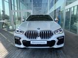 BMW X6 2021 года за 49 500 000 тг. в Алматы – фото 2
