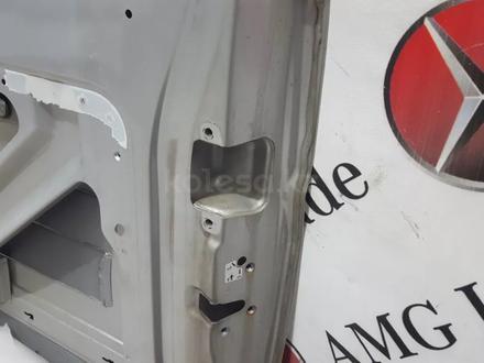 Дверь задняя правая на Mercedes-Benz w639 Viano 3.2 Ambiente за 34 561 тг. в Владивосток – фото 19