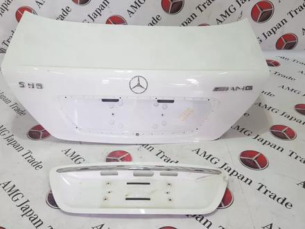 Крышка багажника в сборе на Mercedes-Benz w220 за 87 503 тг. в Владивосток – фото 2