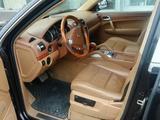Porsche Cayenne 2005 года за 4 500 000 тг. в Уральск – фото 2