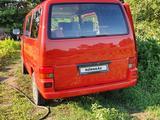 Volkswagen Caravelle 1997 года за 3 500 000 тг. в Павлодар – фото 2