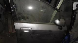 Двери на Honda Fit за 555 тг. в Алматы