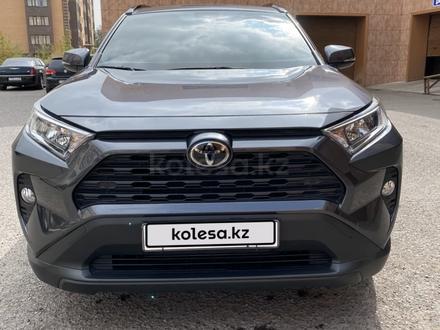 Toyota RAV 4 2019 года за 16 950 000 тг. в Караганда – фото 4
