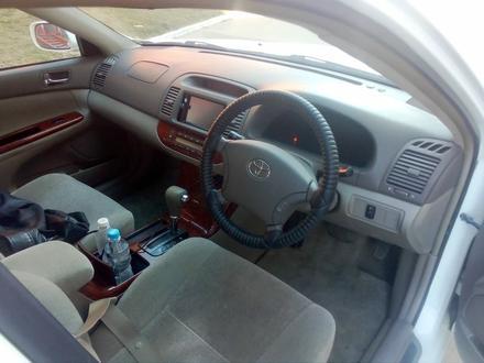 Toyota Camry 2005 года за 3 000 000 тг. в Актобе – фото 7