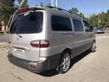 Hyundai Starex 2006 года за 3 500 000 тг. в Турара Рыскулова – фото 4