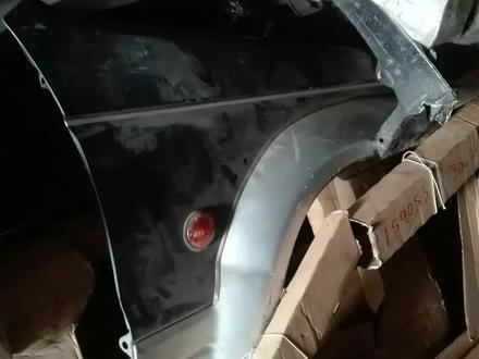 Крыло переднее за 16 000 тг. в Алматы