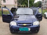 Chevrolet Niva 2014 года за 2 850 000 тг. в Уральск – фото 2