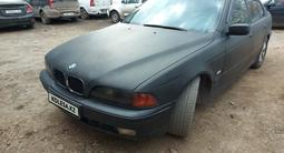 BMW 523 1997 года за 2 600 000 тг. в Нур-Султан (Астана) – фото 2