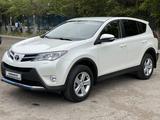 Toyota RAV 4 2014 года за 9 000 000 тг. в Караганда