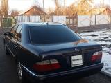Mercedes-Benz E 240 1998 года за 2 220 000 тг. в Алматы