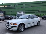 BMW 330 2001 года за 3 600 000 тг. в Алматы