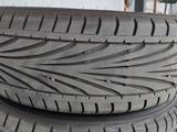 Японские шины Toyo Proxes t1r с дисками за 250 000 тг. в Алматы – фото 3