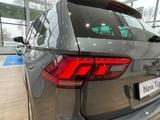 Volkswagen Tiguan Respect 2021 года за 13 295 000 тг. в Павлодар – фото 4