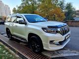 Toyota Land Cruiser Prado 2019 года за 29 800 000 тг. в Алматы – фото 2
