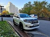 Toyota Land Cruiser Prado 2019 года за 29 800 000 тг. в Алматы – фото 3