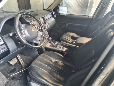 Салон, сиденья, дверные карты Range Rover за 750 000 тг. в Караганда