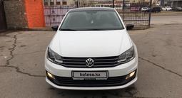 Volkswagen Polo 2018 года за 5 700 000 тг. в Актау