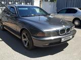 BMW 528 1998 года за 2 800 000 тг. в Тараз
