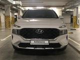 Hyundai Santa Fe 2021 года за 21 450 000 тг. в Алматы – фото 3