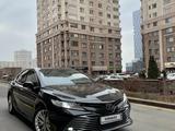 Toyota Camry 2019 года за 13 400 000 тг. в Алматы – фото 2