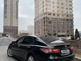 Toyota Camry 2019 года за 13 400 000 тг. в Алматы – фото 3