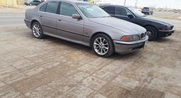 BMW 528 1997 года за 2 500 000 тг. в Актау – фото 2
