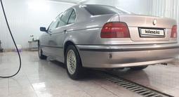 BMW 528 1997 года за 2 500 000 тг. в Актау – фото 4