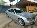 Mercedes-Benz S 320 1999 года за 2 300 000 тг. в Шымкент – фото 3