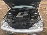 Mercedes-Benz C 240 2001 года за 3 000 000 тг. в Атырау – фото 4