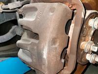 Суппорт передний Range Rover Sport 4, 4L 6HP28 (ZF) 4WD за 20 000 тг. в Алматы