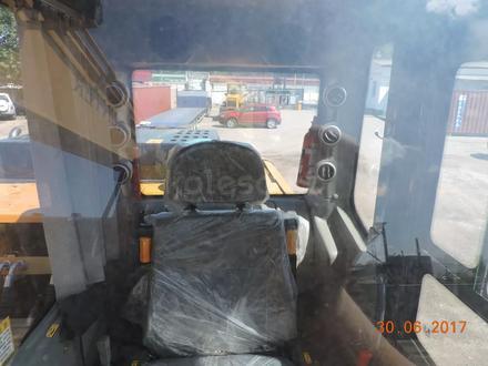 Hyundai  колесный экскаватор HUNTER Hyundai wheel exawator 0.65куб ковш в лизинг 7 л 2019 года за 28 000 000 тг. в Алматы – фото 66