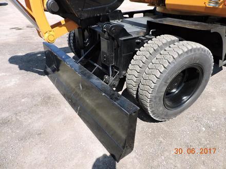 Hyundai  колесный экскаватор HUNTER Hyundai wheel exawator 0.65куб ковш в лизинг 7 л 2019 года за 28 000 000 тг. в Алматы – фото 34