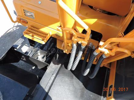 Hyundai  колесный экскаватор HUNTER Hyundai wheel exawator 0.65куб ковш в лизинг 7 л 2019 года за 28 000 000 тг. в Алматы – фото 63