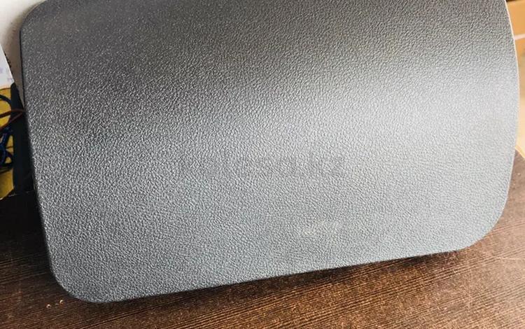 Крышка панели айрбек Гранта за 5 500 тг. в Караганда