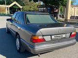 Mercedes-Benz E 230 1991 года за 1 380 000 тг. в Шымкент – фото 3